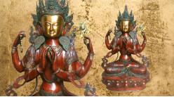 Grande représentation de bouddha en laiton massif, Kharchari assis finition colorée et vieillie, ambiance indienne, 40kg - 96cm