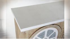 Buffet en bois de sapin finition naturelle et blanche, portes en forme de fenêtre en arcade ambiance campagne chic, 140cm