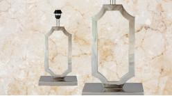 Pied de lampe contemporain en métal, modèle Floride de 49cm, forme rectangulaire chantournée sur socle finition chromée esprit trophée