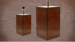 Pied de lampe authentique en métal et cuir, modèle Lisbonne de 43cm, forme cubique et cuir véritable cigare