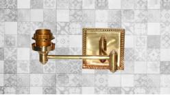 Base d'applique carrée en métal finition doré brillant, bras articulé de 43cm, ambiance chic