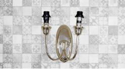 Base d'applique en métal à deux bras, finition chromée brillante, ambiance classique, 24cm
