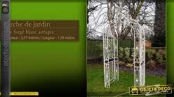Arche de jardin en fer forgé blanc antique