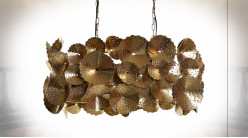 Suspension luminaire en forme de feuilles en métal finition dorée ambiance moderne chic, 68cm