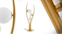 Lampe en métal de style Art Déco, ambiance griffe dorée et boules de verre opaque, 3 feux, 70cm