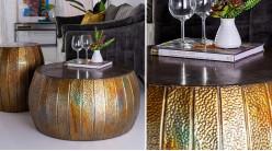 Table basse ronde en métal finition bronze vieilli effet irisé, ambiance contemporaine, Ø73cm