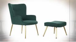 Fauteuil et repose-pieds en polyester finition vert sapin et pieds dorés ambiance rétro, 86cm