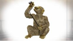 Lampe à poser de style moderne en forme de singe en résine finition dorée, 51cm