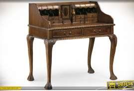 Bureau secrétaire classique avec piètement chippendale , trieurs et tiroirs, en acajou sculpté brun antiquaire