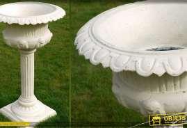 Vasque de style classique coloris blanc antique sur colonne rainurée en fonte