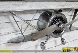 Grande déco murale en métal et en relief : ancien avion biplan à hélice finition argentée vieillie