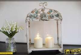 Lanterne rectangulaire de style romantique et rétro en verre et métal, gris et vert.