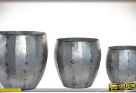 Ensemble de 3 cache-pots gigognes en métal aspect zinc vieilli et soudures dorées