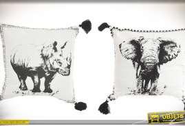 Série de deux coussins en coton blanc avec illustrations façon encre de Chine d'un éléphant et d'un rhinocéros