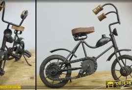 Vélo décoratif en forme d'objet déco vintage façon trésor de brocante