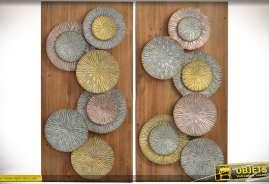 Série de deux grands tableaux sur bois représentant des fresques abstraites et géométriques en métal vieilli