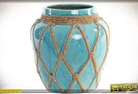 Vase en céramique style bord de mer finition effet craquelé avec cordes en losanges