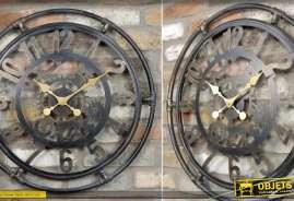 Horloge décorative murale en métal de style rétro et indus effet tuyaux de plomberie et engrenages