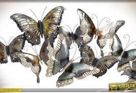 Décoration murale, nuée de papillons multicolores en métal teintes dorées et argentées