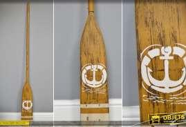 Rame de bateau en bois naturel vieilli pour décoration d'intérieur sur le thème de la mer