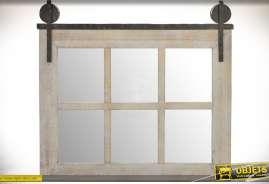 Miroir industriel en bois et métal en forme de fenêtre ancienne