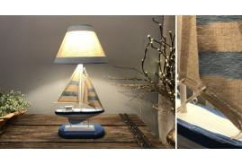 Lampe décorative thème bord de mer avec pied en forme de bateau