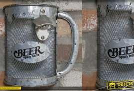 Chope de bière murale en métal pour ouverture de bouteille avec bac de récup des capsules