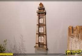 Grand cadre photo en bois en forme d'ancien phare marin, finitions et couleurs usées, touches de corde, 66cm