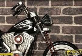 Déco murale de moto ancienne, noir brillant et métal chromé, touches de vieux rouge, 109cm