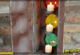 Grand feu tricolore en métal version lanterne avec bougies, décoration de style vintage, très oxydée