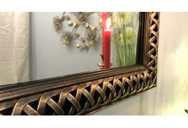 Miroir mural thermoformé finition noire et cuivrée, ambiance moderne élégante, rectangulaire