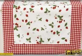 Chemin de table en coton à carroayage rouge et blanc et à motifs de fraises