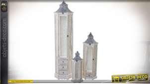 Série de 3 lanternes hexagonales vitrines vintages en bois et métal 142 cm