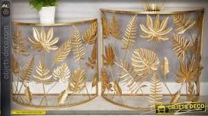 Série de 2 tables consoles en demi-lune à motifs de feuilles dorées