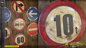 Panneau de signalisation vintage : limitation à 10 tonnes