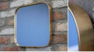 Miroir mural de forme carrée avec encadrement en métal doré effet laiton ancien, 30x30cm