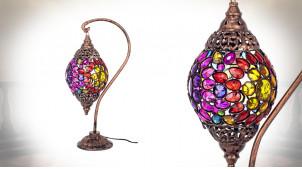 Lampe de salon en métal et pendeloques en acrylique coloré, ambiance orientale chic, 55cm