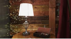 Lampe de chevet en métal chromé et globe en verre, abat jour gris satiné brillant, ambiance chic, 46cm