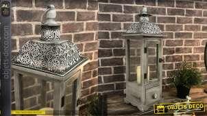 Lanterne blanche décorative en bois et métal 59 cm coloris gris patiné