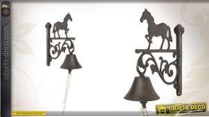Cloche de porte en fonte motif cheval