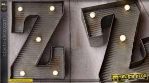 Décoration murale en métal Lettre Z avec éclairage LED