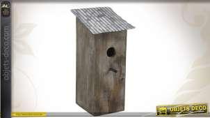 Nichoir à oiseaux en bois et en zinc