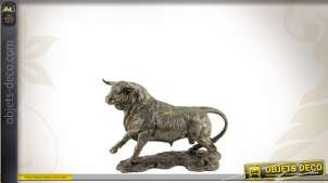 Statuette décorative représentant un taureau
