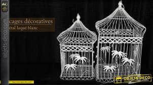 Deux cages à oiseaux blanches carrées