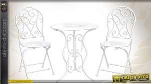 Salon de jardin déco en métal blanc avec ornementations
