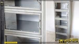 Vitrine de style industriel en métal et verre à 5 niveaux