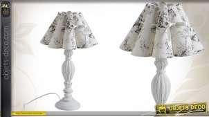 Lampe de table en bois avec abat-jour à festons