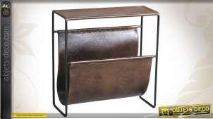 Porte-revues vintage en métal et cuir patiné