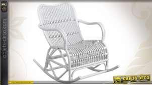 Rocking chair laqué blanc en rotin