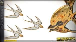 Représentation d'une hirondelle en résine et miroir, finition dorée ancien, 40cm de long